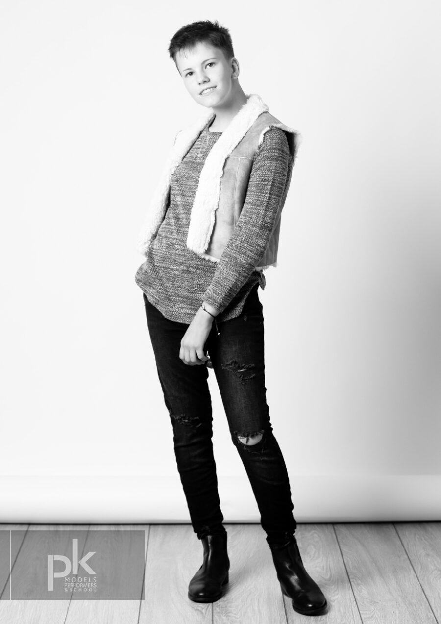 Evie-Performer-September-5