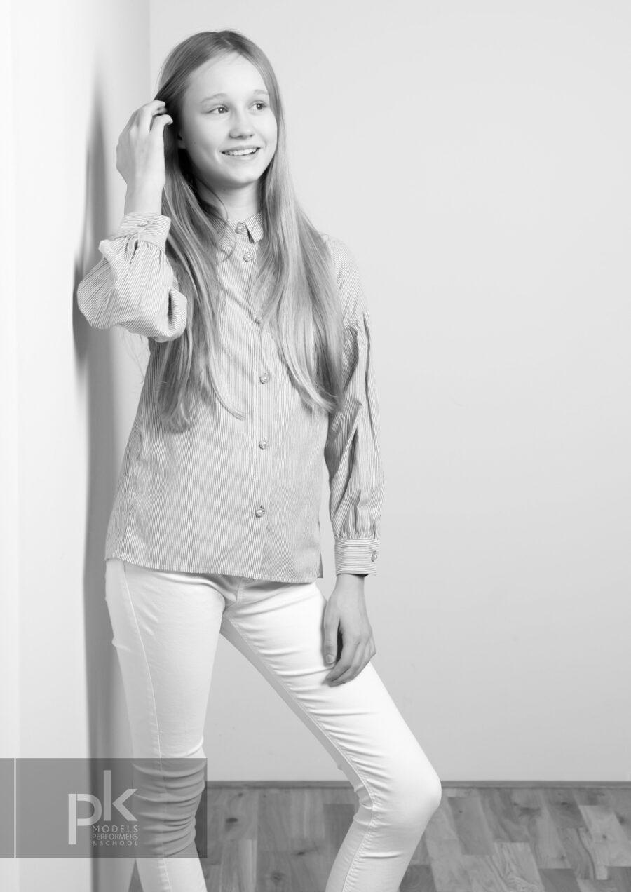 Evie T-Performer-December-9