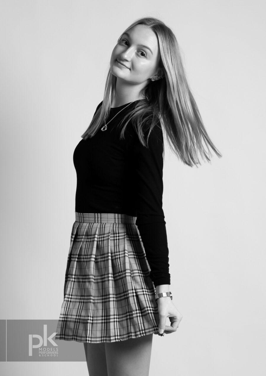 Lauren-Performer-December-3