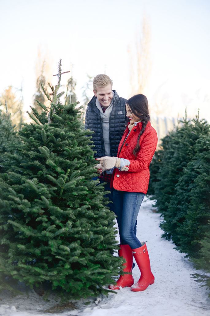 christmas-tree-farm-photoshoot