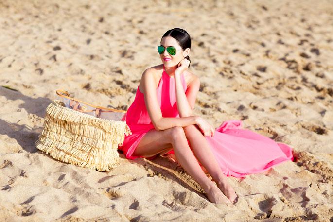 tory-burch-beach-bag