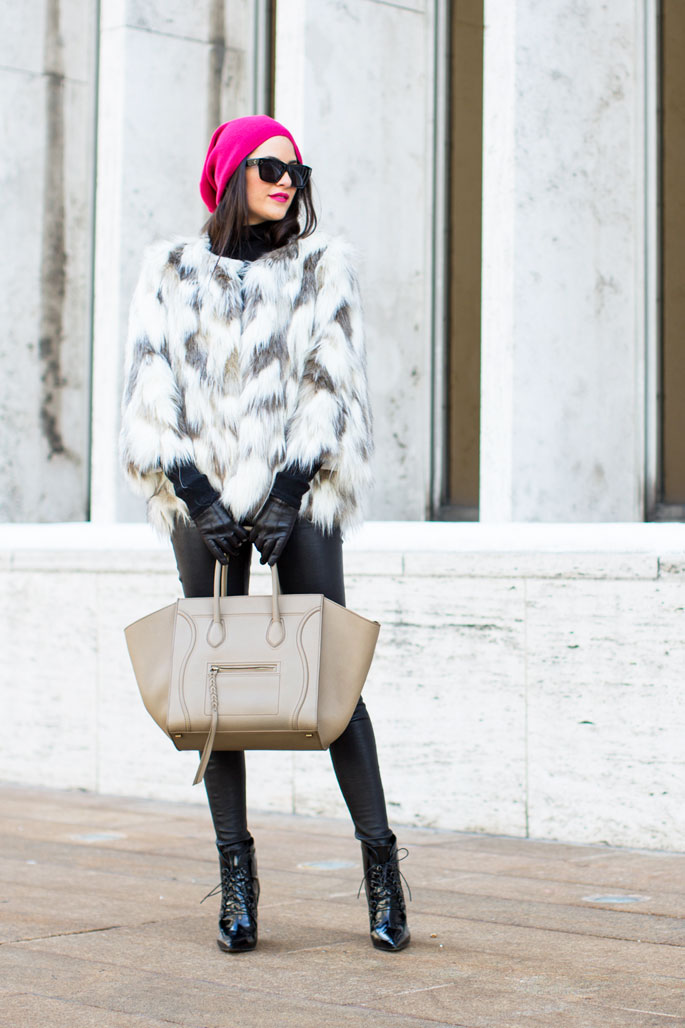 nyfw-street-style-bsable-faux-fur-coat