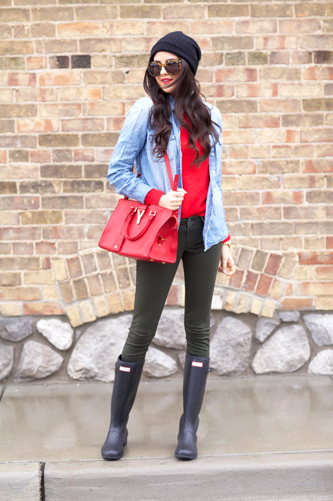 rainy-day-outfit-ideas-hunter-boots