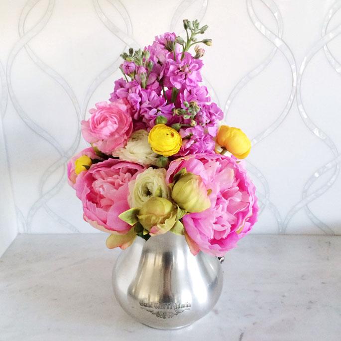 peony-floral-arrangement