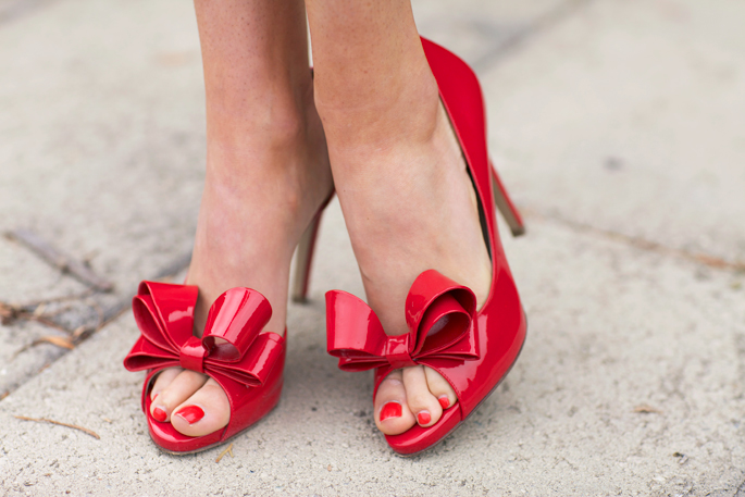 red-bow-valentino-pumps-nordstrom