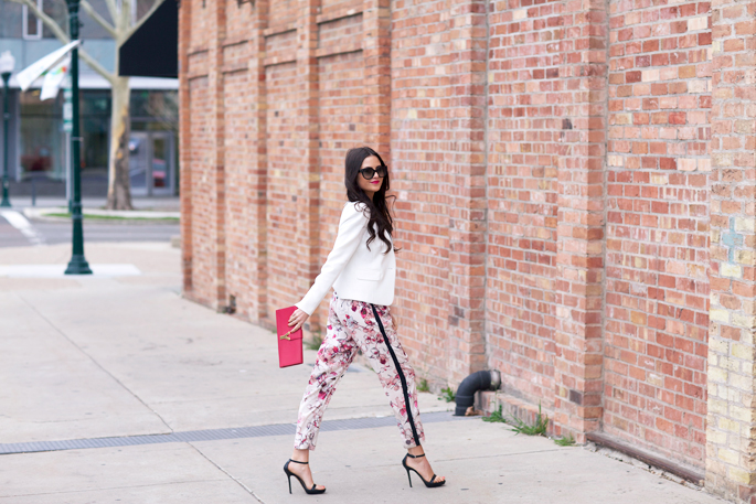 pink-peonies-spring-outfit