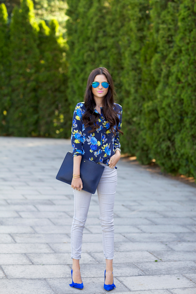 blue-floral-equipment-blouse
