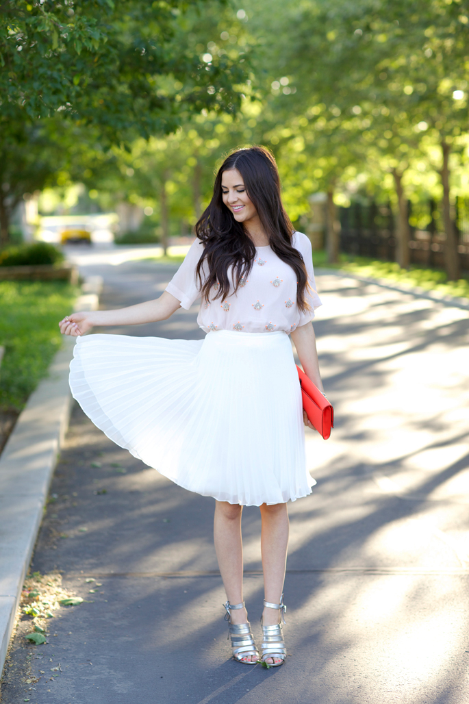 top-shop-white-pleated-skirt