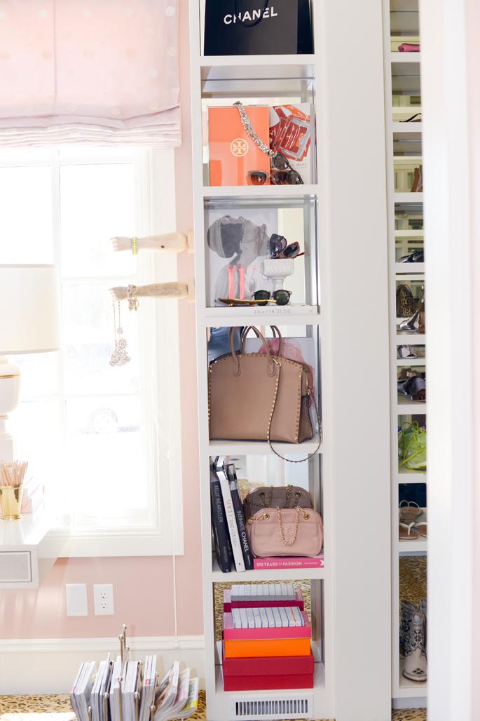 closet-bag-storage