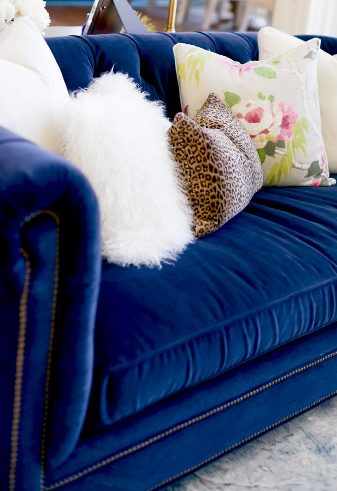 leopard-throw-pillow