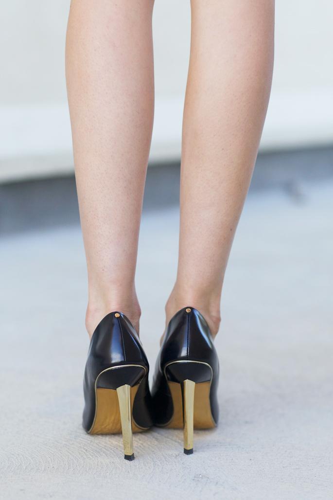 ted-baker-black-pumps-gold-heels