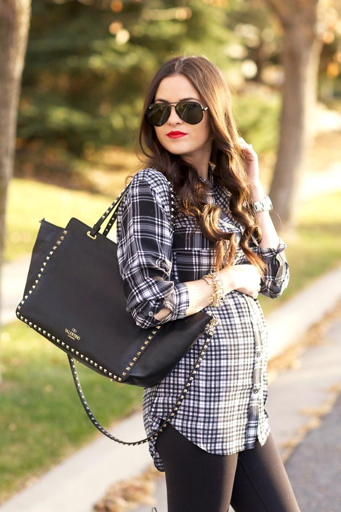 black-rockstud-valentino-bag