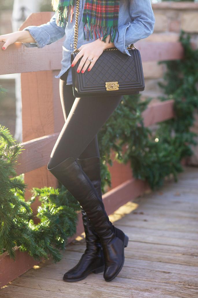 chanel-boy-bag-black-gold-hardware