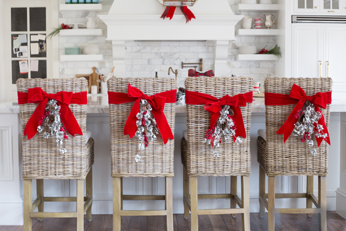 christmas-wreath-back-of-chairs