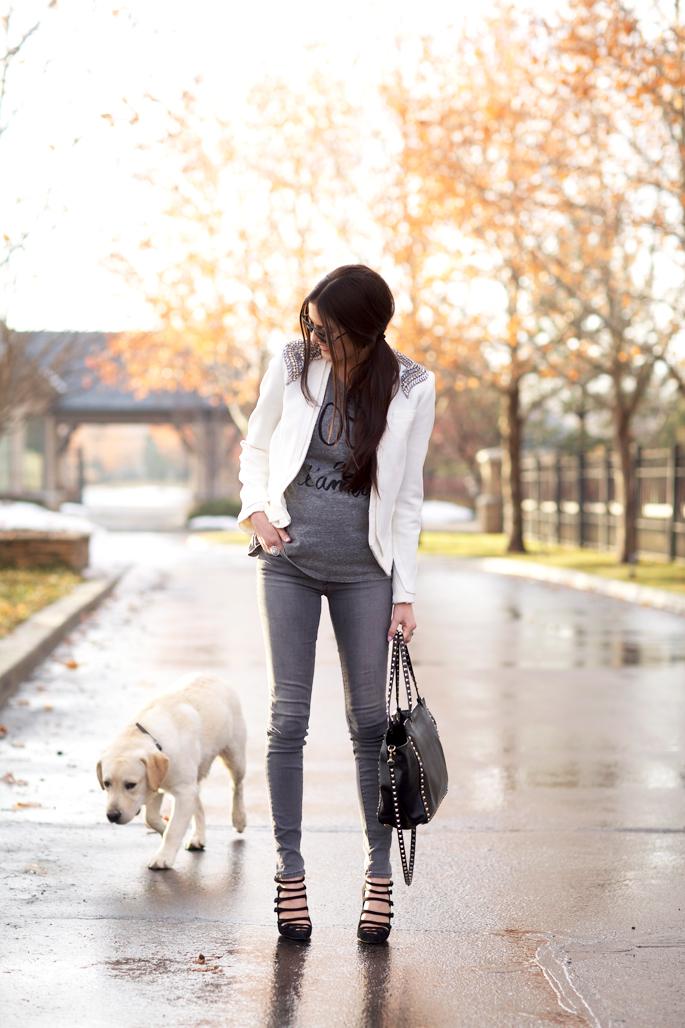 grey-jbrand-skinny-jeans