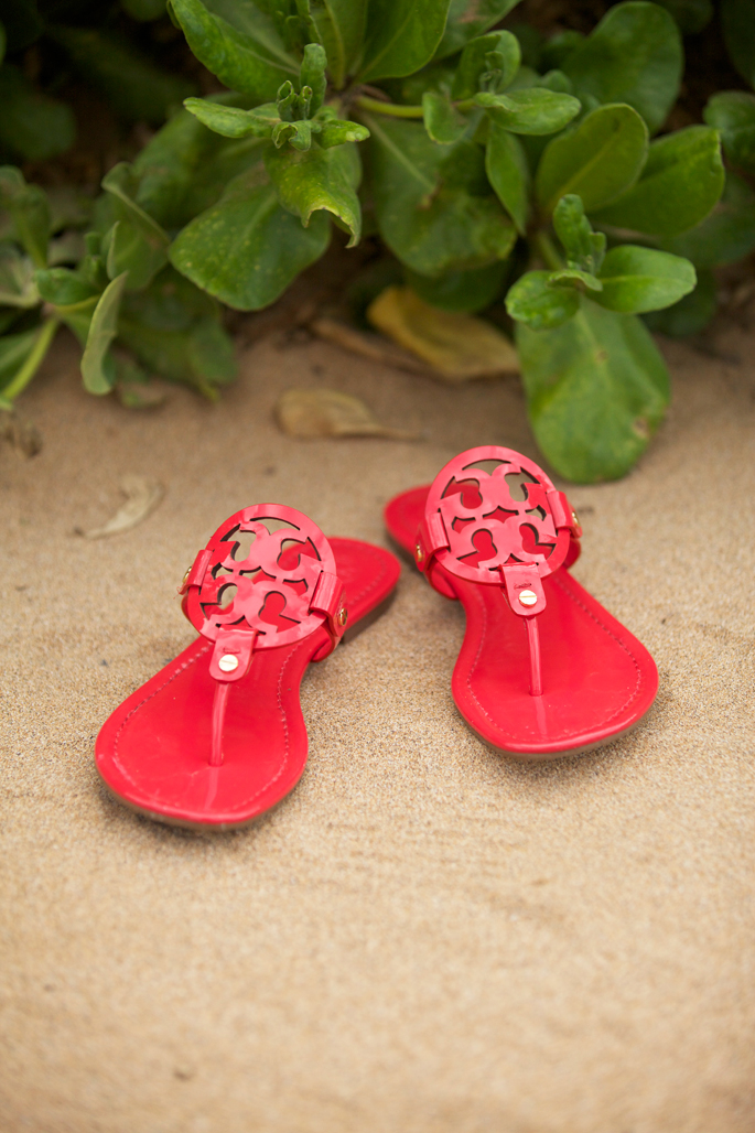 red-patent-leather-tory-burch-sandals