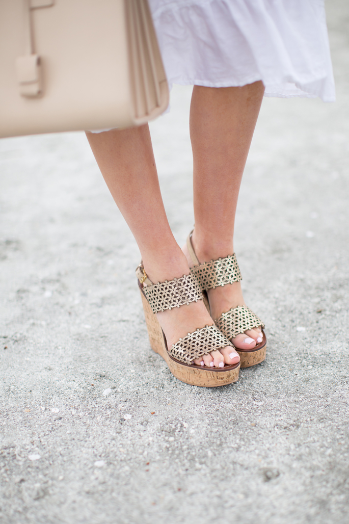 tory-burch-daisy-wedge-platfrom-sandals