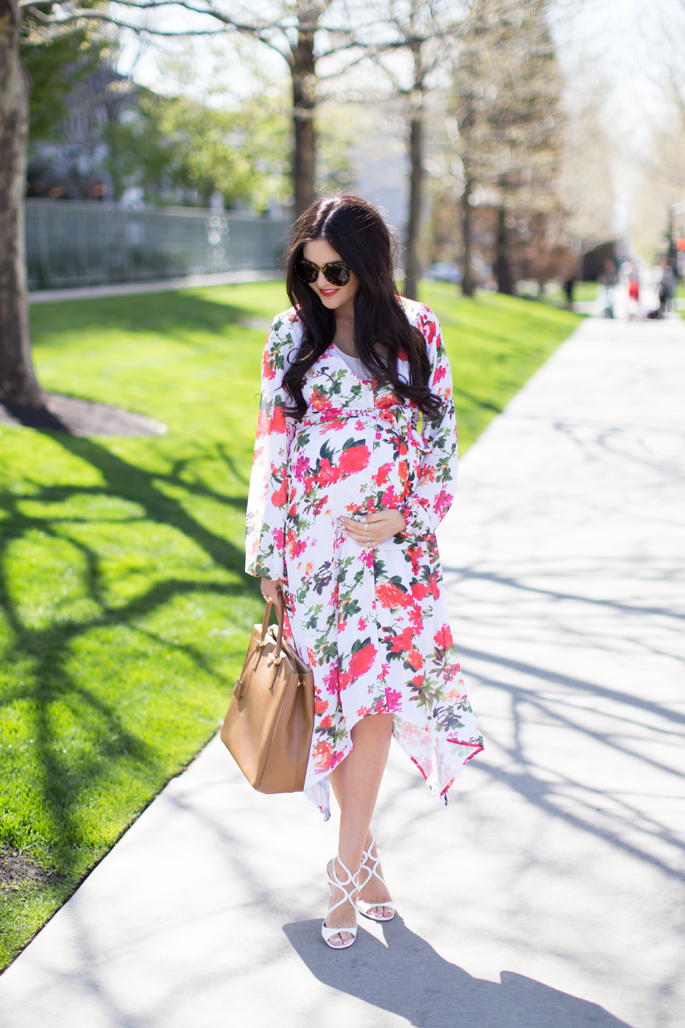 pink-peonies-maternity-style