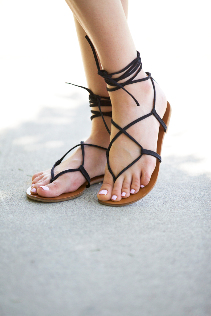 black-steve-madden-gladiator-sandals