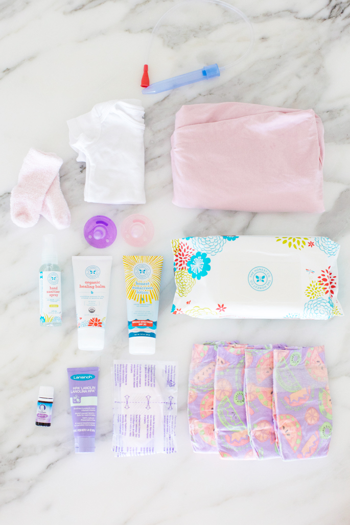 whats-in-my-diaper-bag-blog-post
