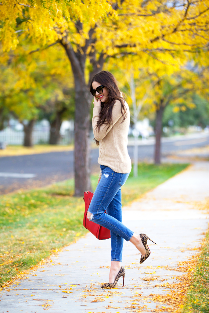 fall-time-outfit-ideas-pink-peonies