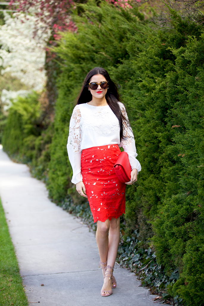 alice-and-olivia-pencil-skirt