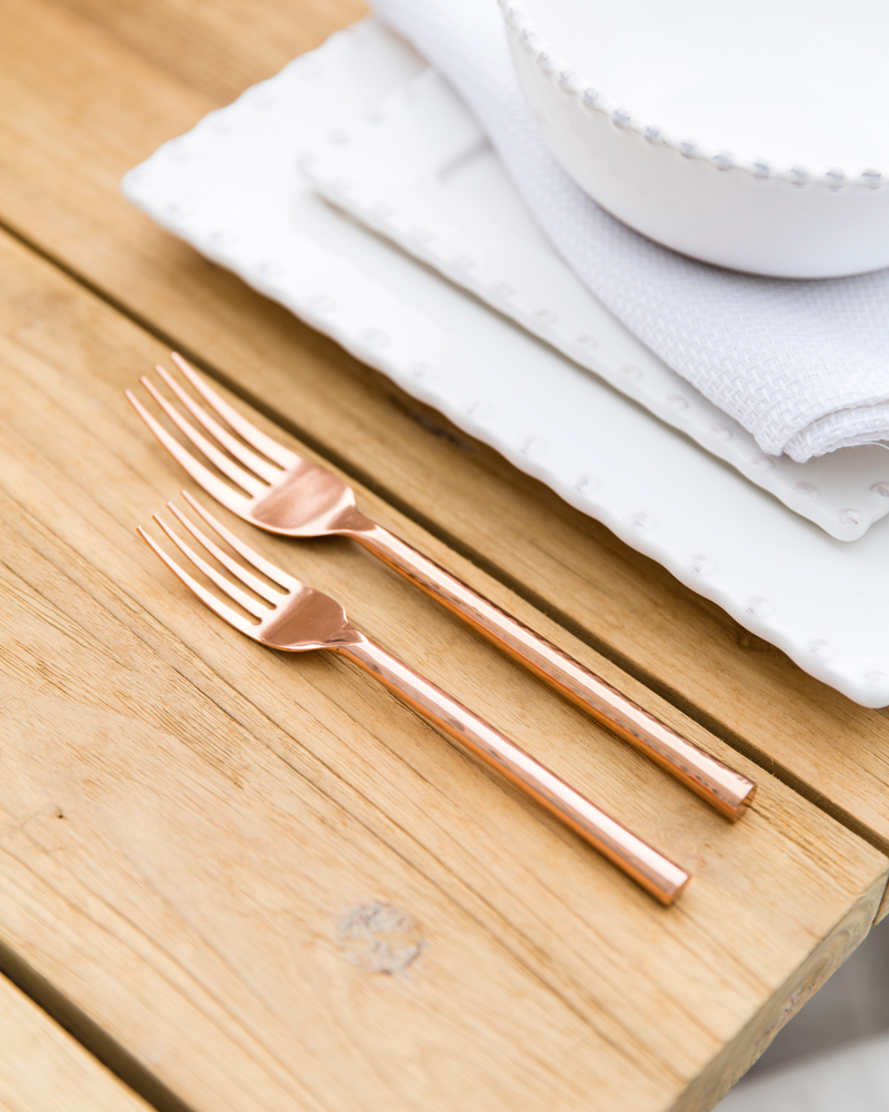 rose-gold-flatware-2