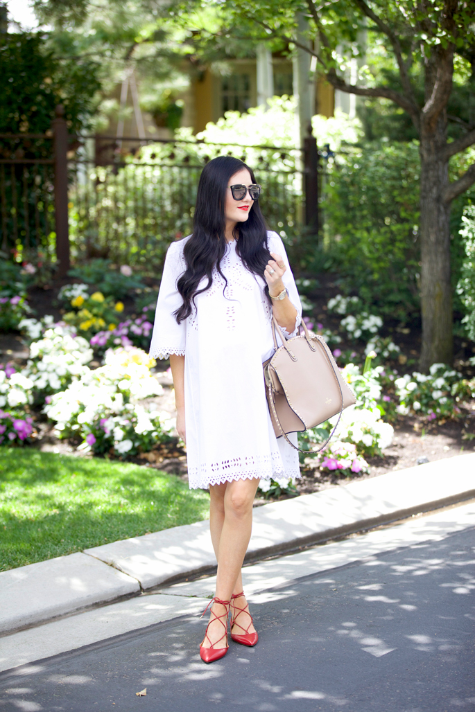 white-summer-maternity-dress