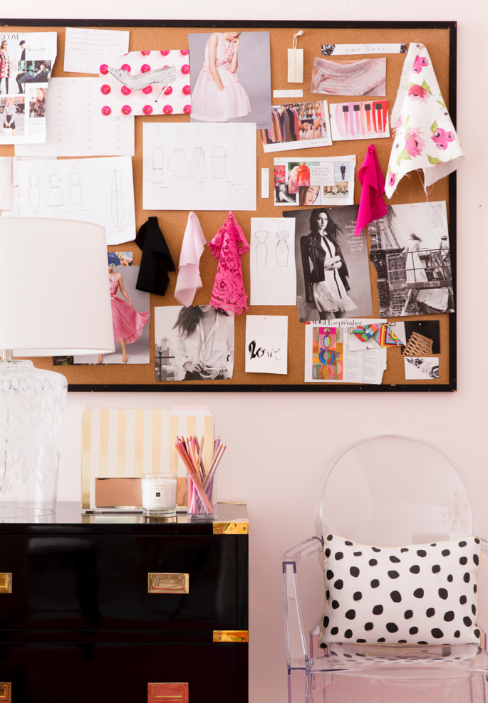 feminine-office-space-pink-peonies - 12