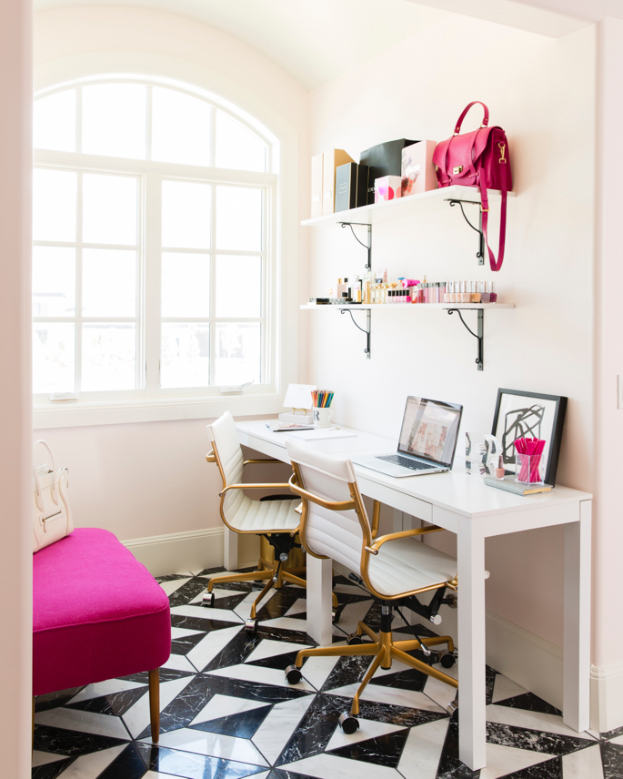 feminine-office-space-pink-peonies - 30