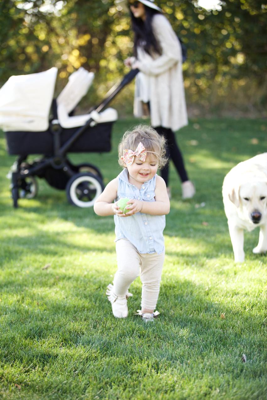 fall-mom-style-bugaboo-stroller-10