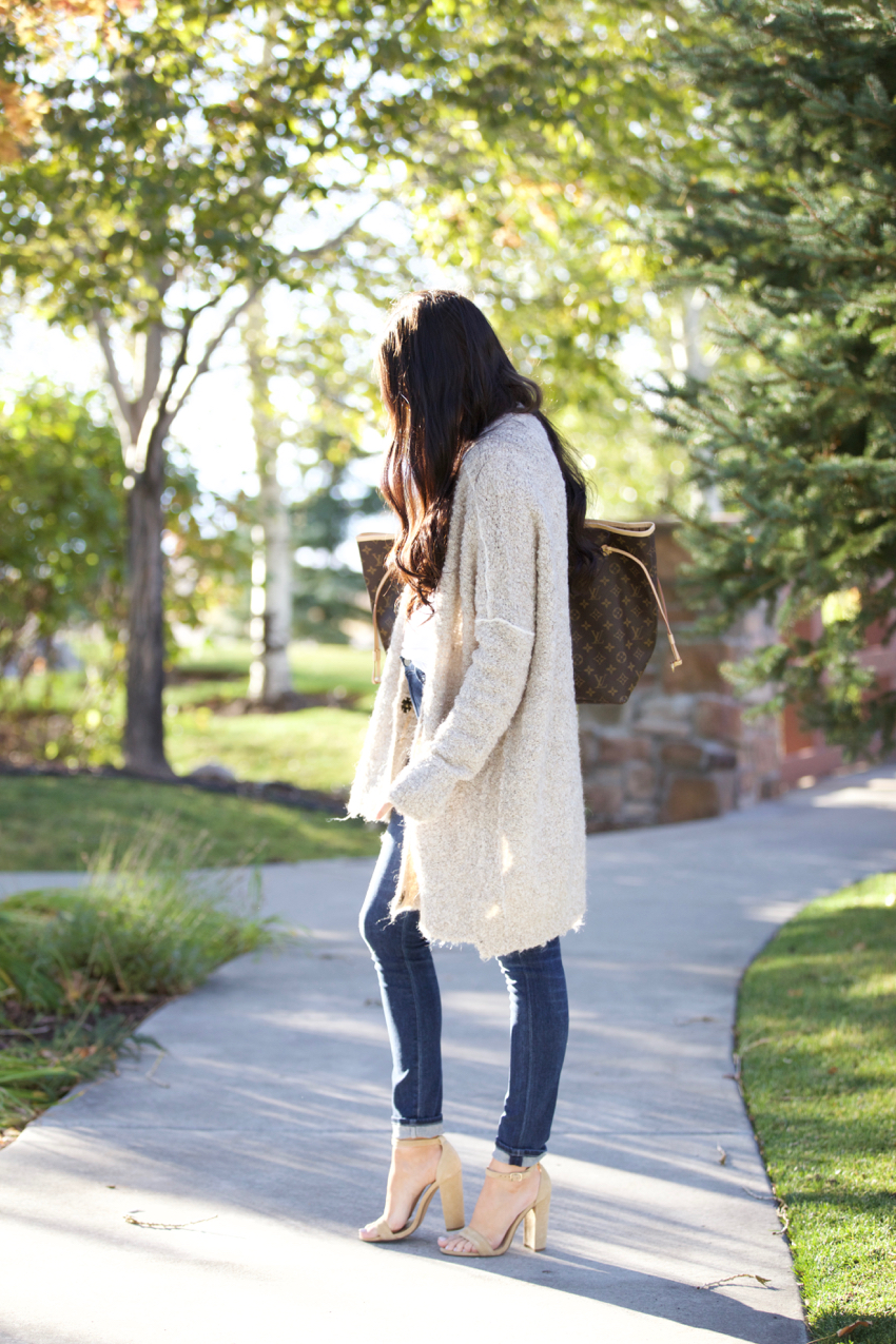fall-time-outfits-free-people-sweater-6