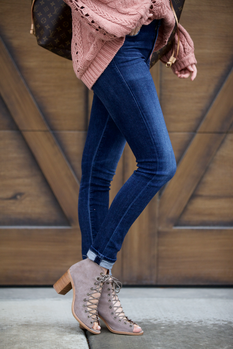 pink-cozy-sweater-fall-2