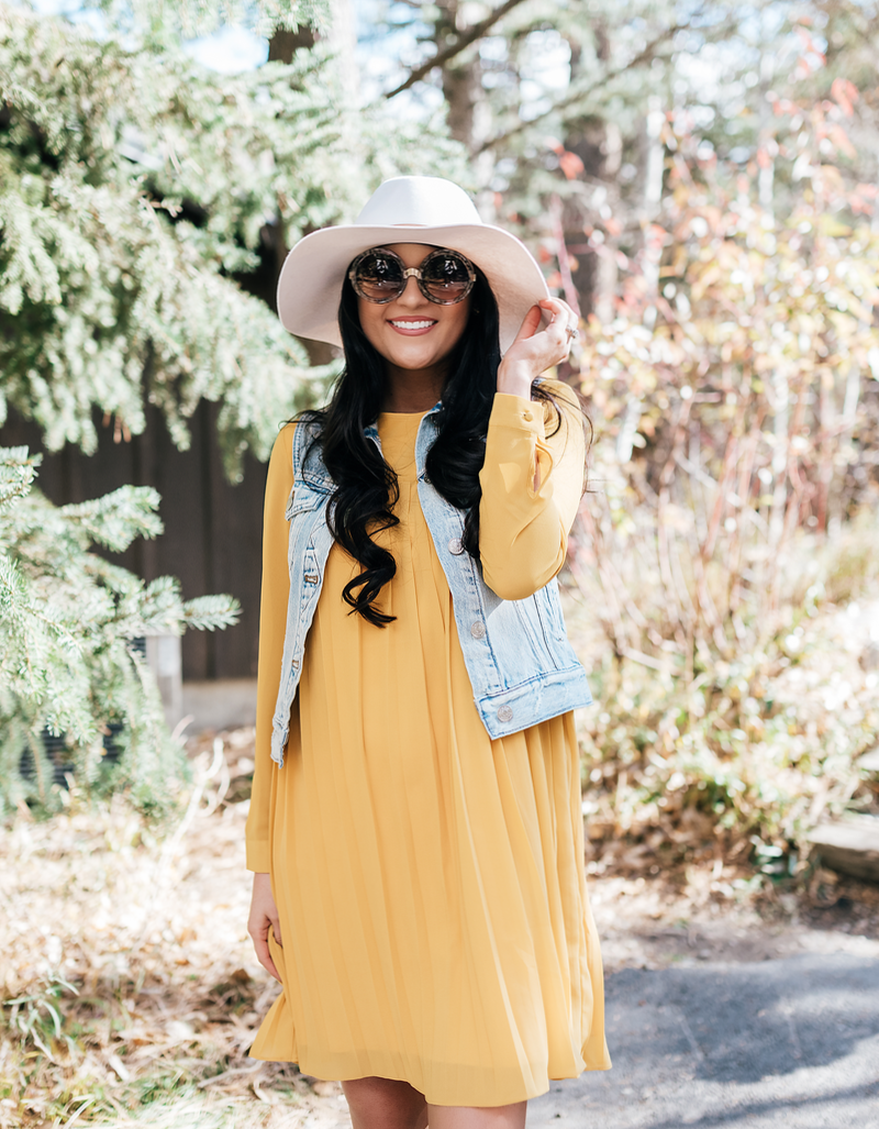 mustard-rachel-parcell-fall-dress-7