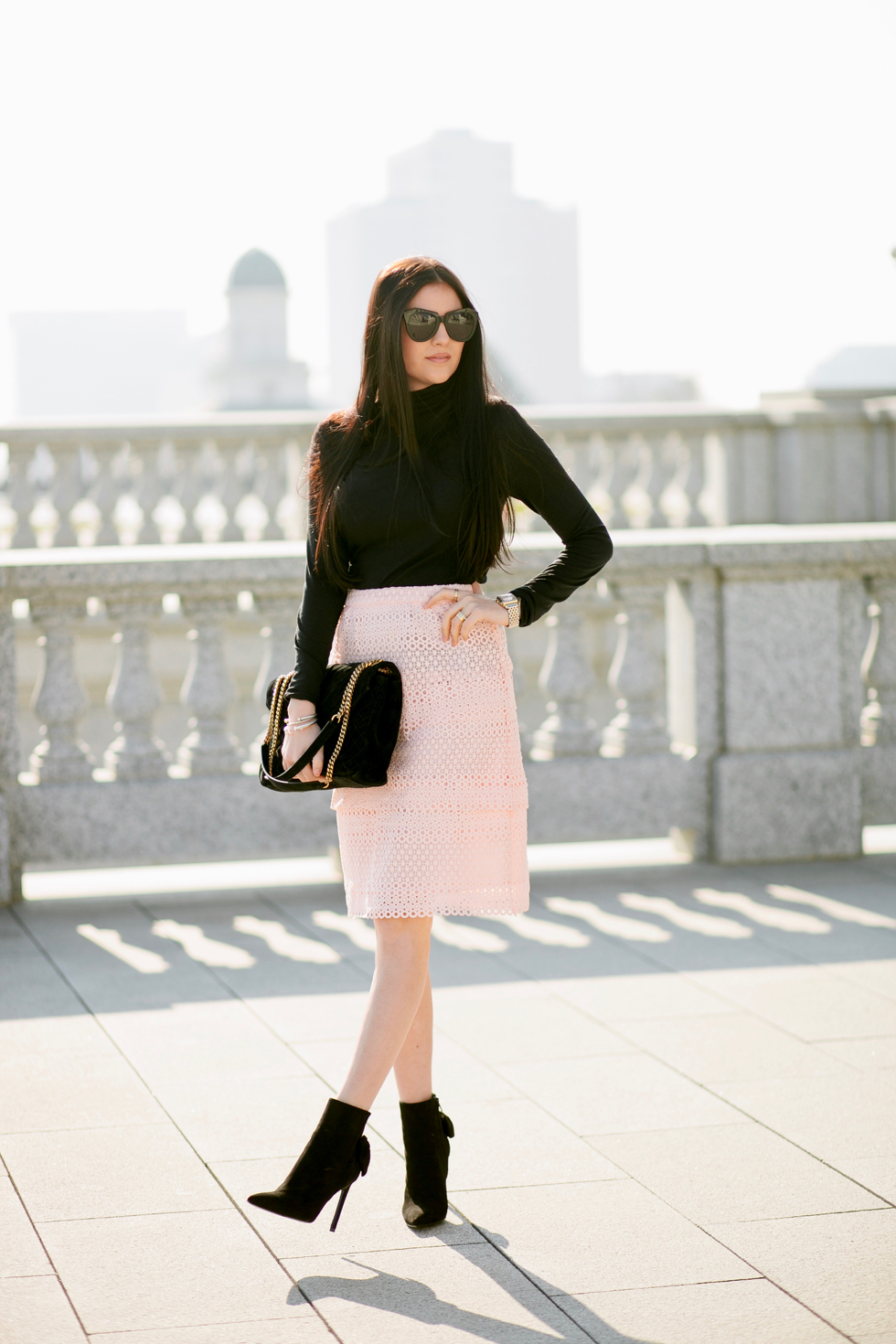 pink-lace-skirt-rachel-parcell-clothing-line - 1