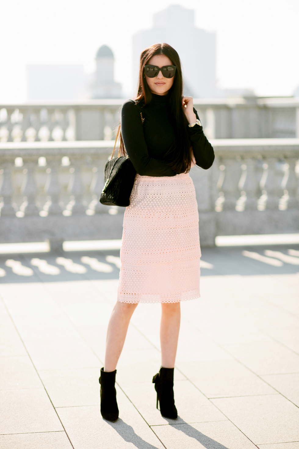 pink-lace-skirt-rachel-parcell-clothing-line - 4