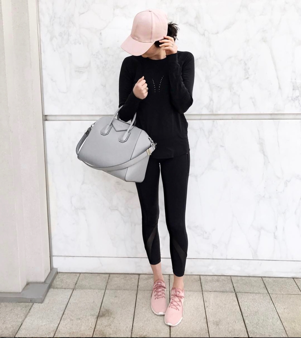 pink-base-ball-hat-lulu-lemon-black-leggings - 1