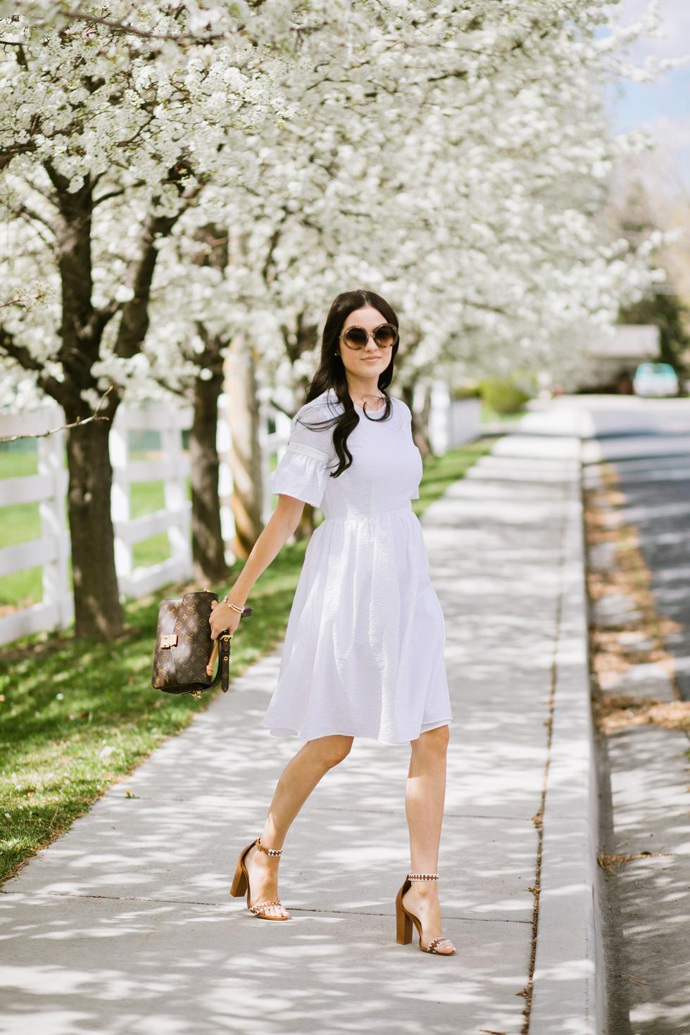 white-seer-sucker-dress-rachel-parcell - 1