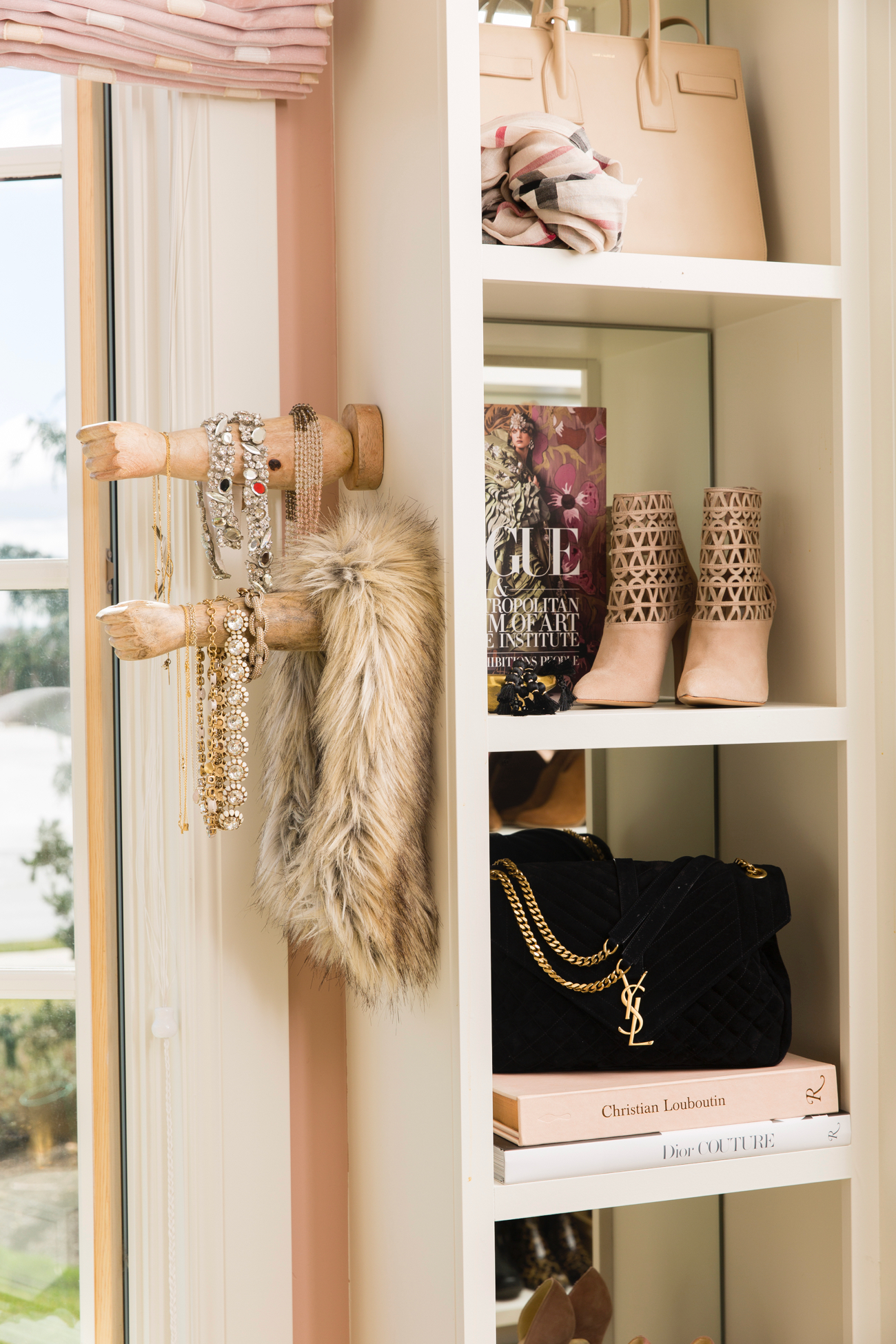 dream-walk-in-designer-closet - 25