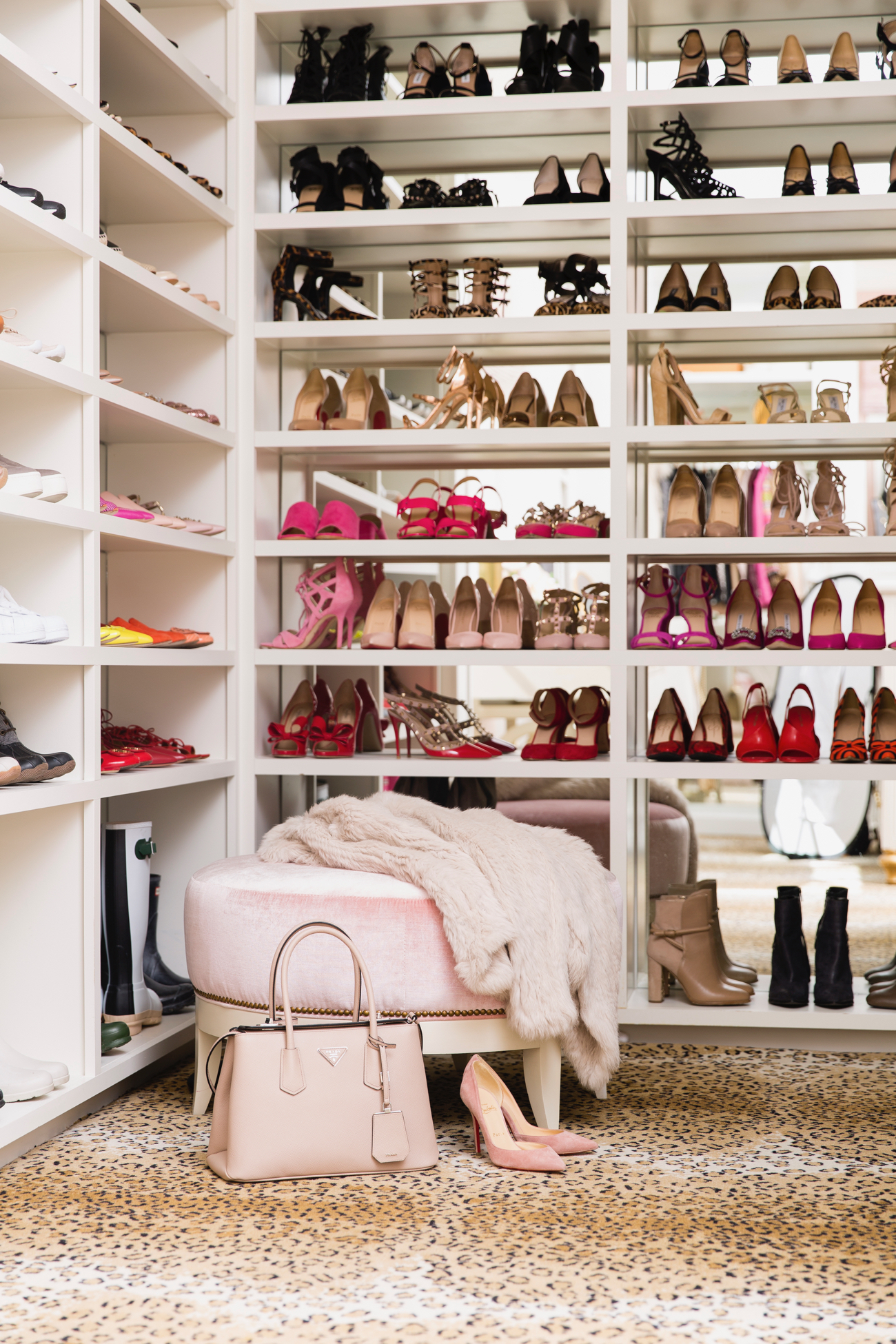 dream-walk-in-designer-closet - 32