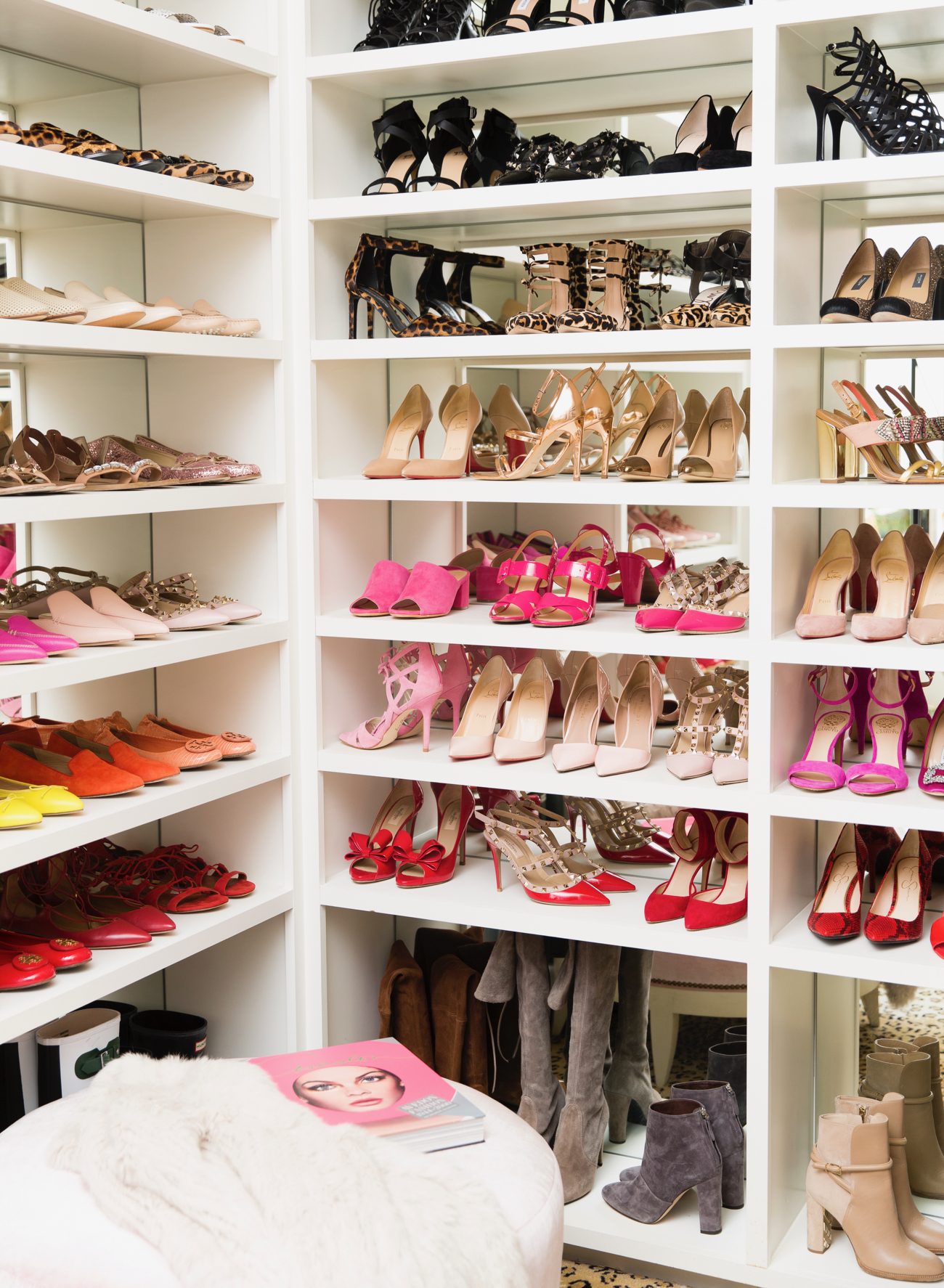 dream-walk-in-designer-closet - 39
