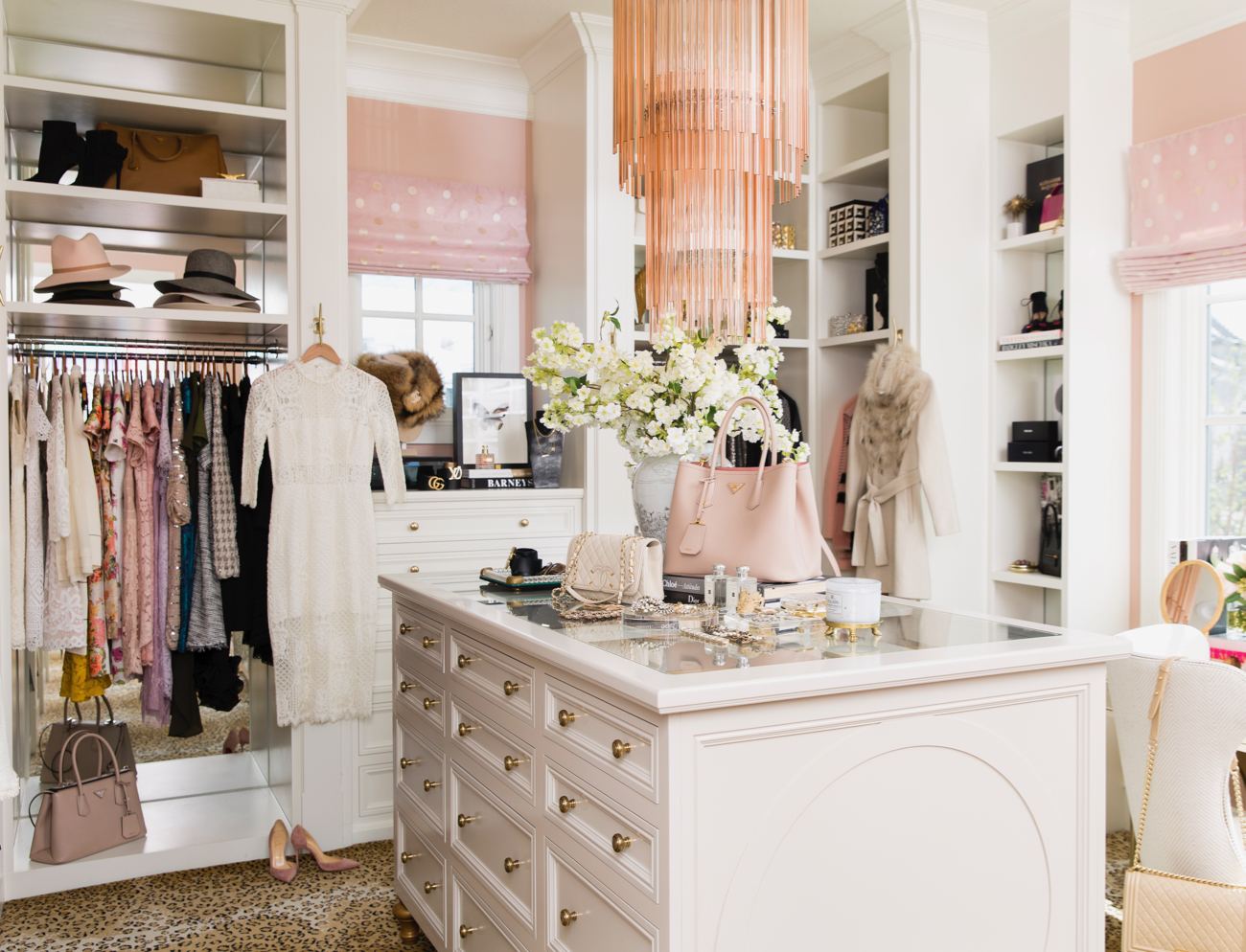 dream-walk-in-designer-closet - 4
