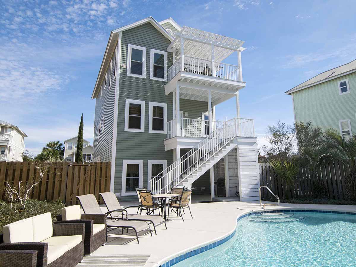 30A Homes Designed with Groups in Mind