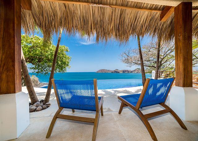 Flamingo Blu oceanfront vacation rentals in Tamarindo