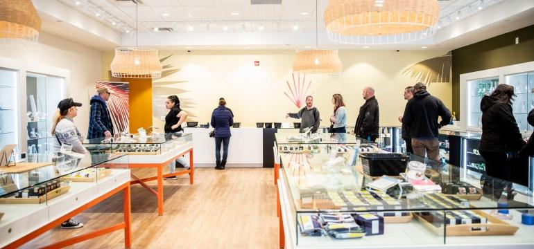 Cannabis Retail Guide: Canna Cabana, Hamilton
