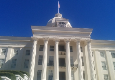 resized-Alabama_State_Capitol_building.jpg