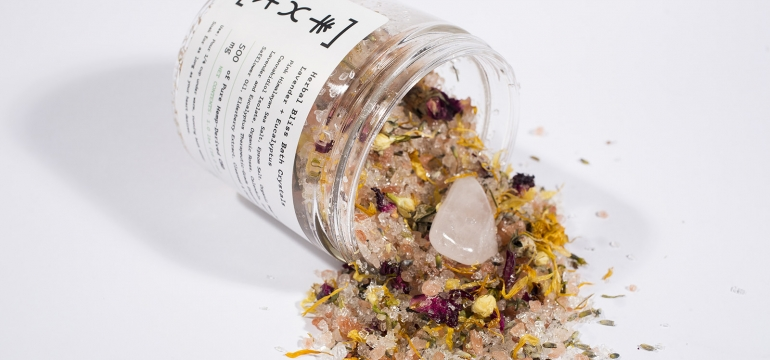 use-life-flower-care-cbd-bath-salt-image-resized.jpg
